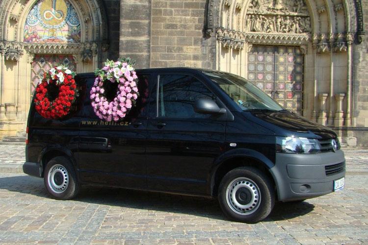Pohřební vozy - Pohřební služba Helfi Praha f081569e89